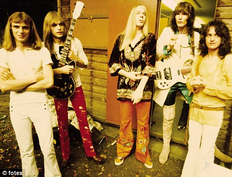Yes in the satined '70s: Alan White, Steve Howe, Rick Wakeman, Chris Squire, and Jon Anderson